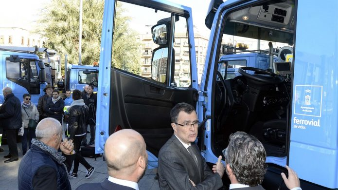 Ferrovial Servicios presenta la nueva flota de vehículos del servicio de limpieza de Murcia